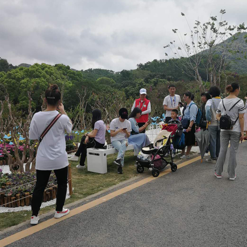 Weiyin Solar Smart Benches giver stor bekymring ved GBA 2019 Flower Show