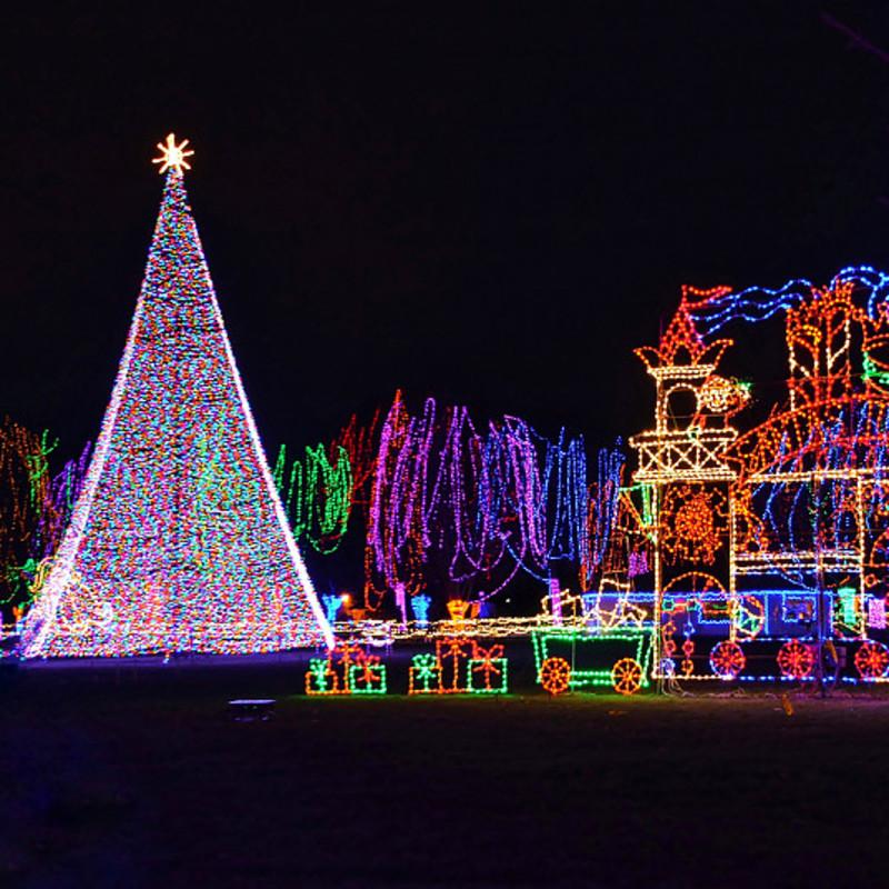 Julelys er vestlige julelys, som folk udsmykker på juletræer.