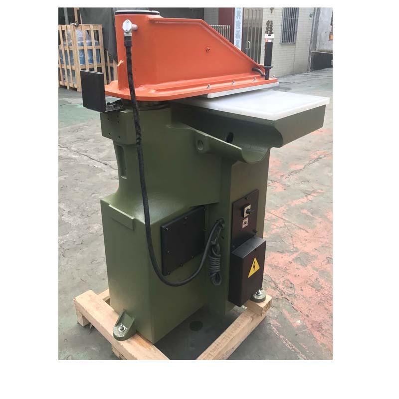 brugt genopbygget ATOM skæremaskine til lædersko og tasker