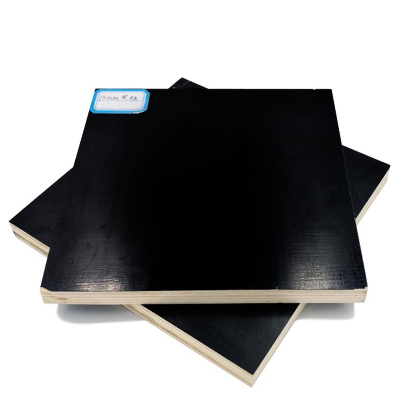 18 mm-folie af krydsfiner, der anvendes til bygge- og anlægsvirksomhed