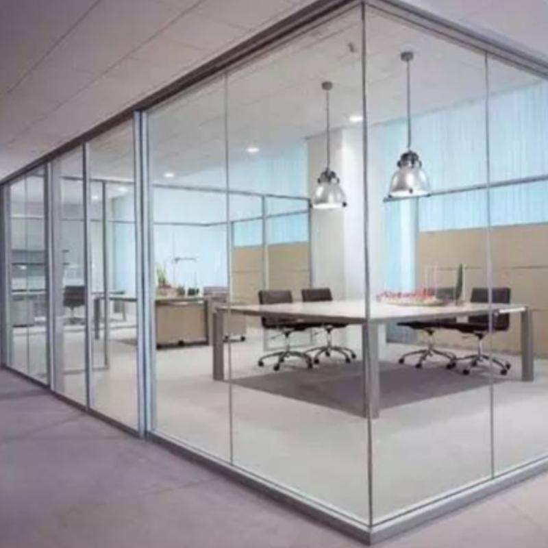 Detaljeret monteringsmetode for frameless glassgulvets forårsdør