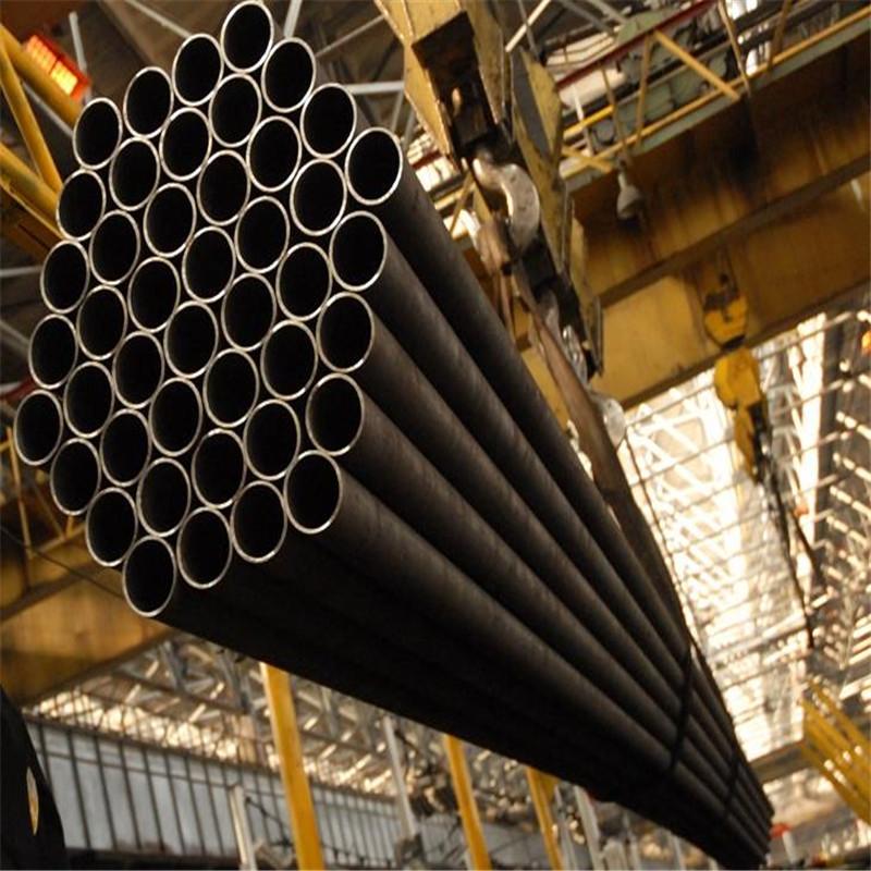 Hvordan blev den højtrykte kulfiber sammensat gascylindre fremstillet?